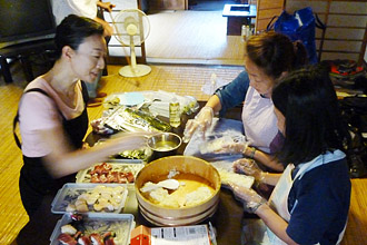 Tsukiji Walk and Making Sushi at Home Pic.